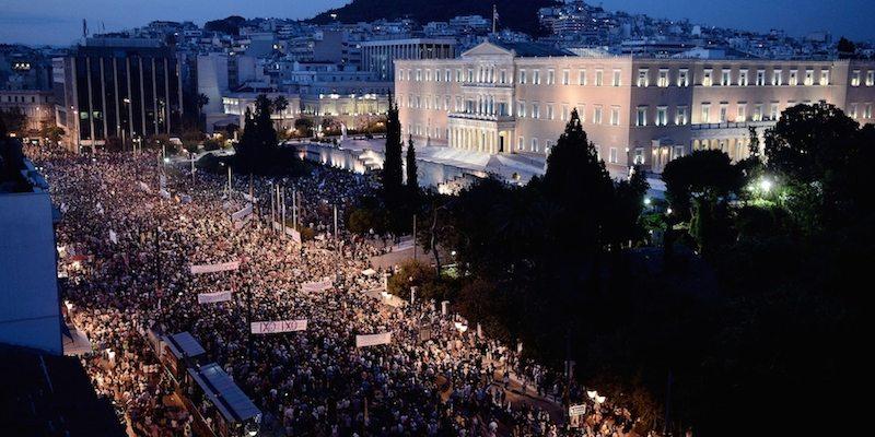 Acqua pubblica a Ponza e Sovranità ad Atene!